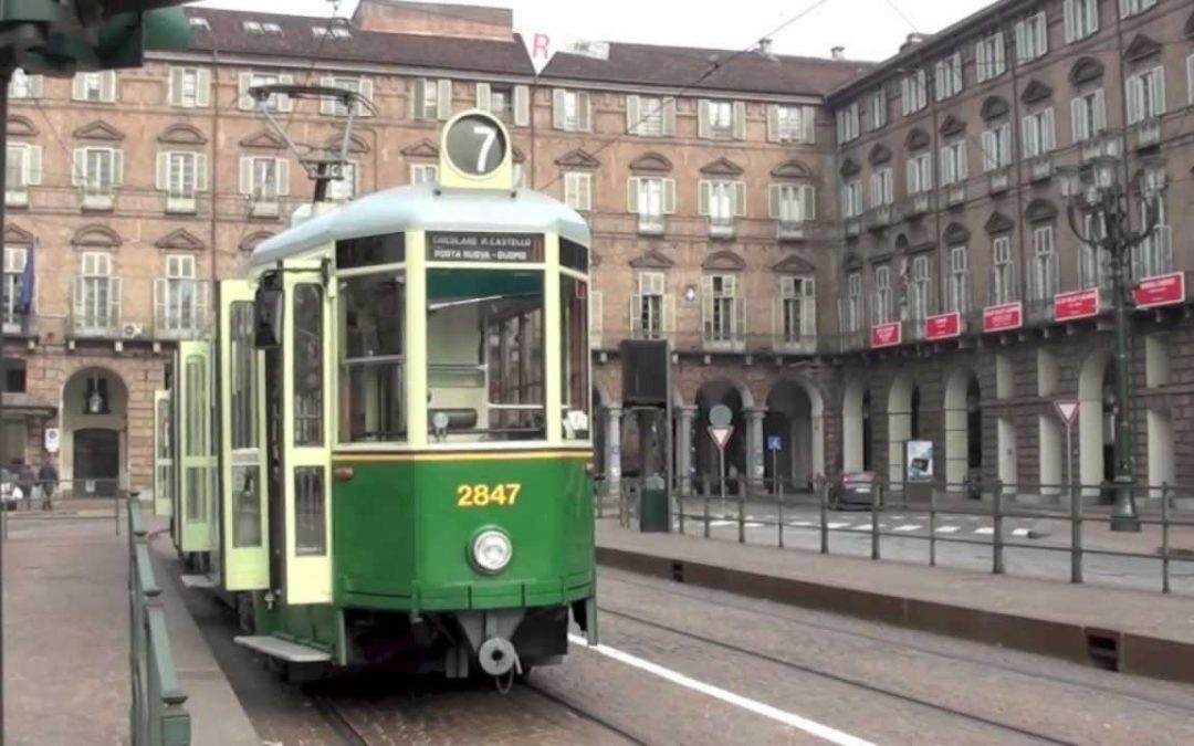GIRO STORICO IN TRAM – AROUND TOWN BY TRAM – LE VIEUX TRAM